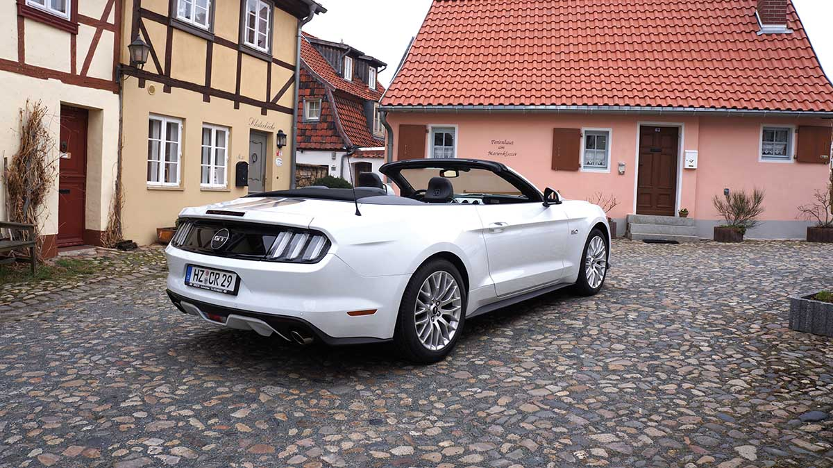 2016 ford mustang gt cabrio 1 wochenende in jena. Black Bedroom Furniture Sets. Home Design Ideas